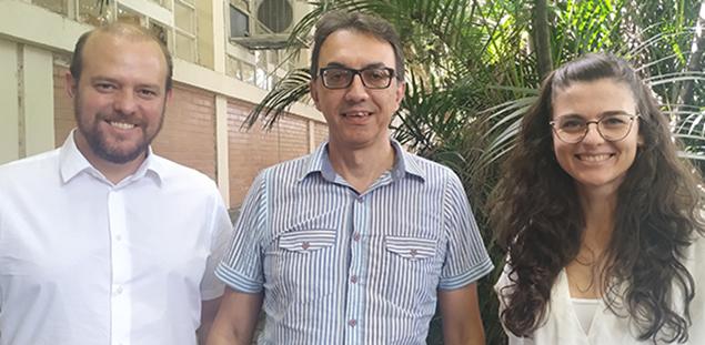 A Nova coordenação do NEV. Da esquerda para a direita: Vitor Blotta, Marcos César Alvarez e Bruna Gisi